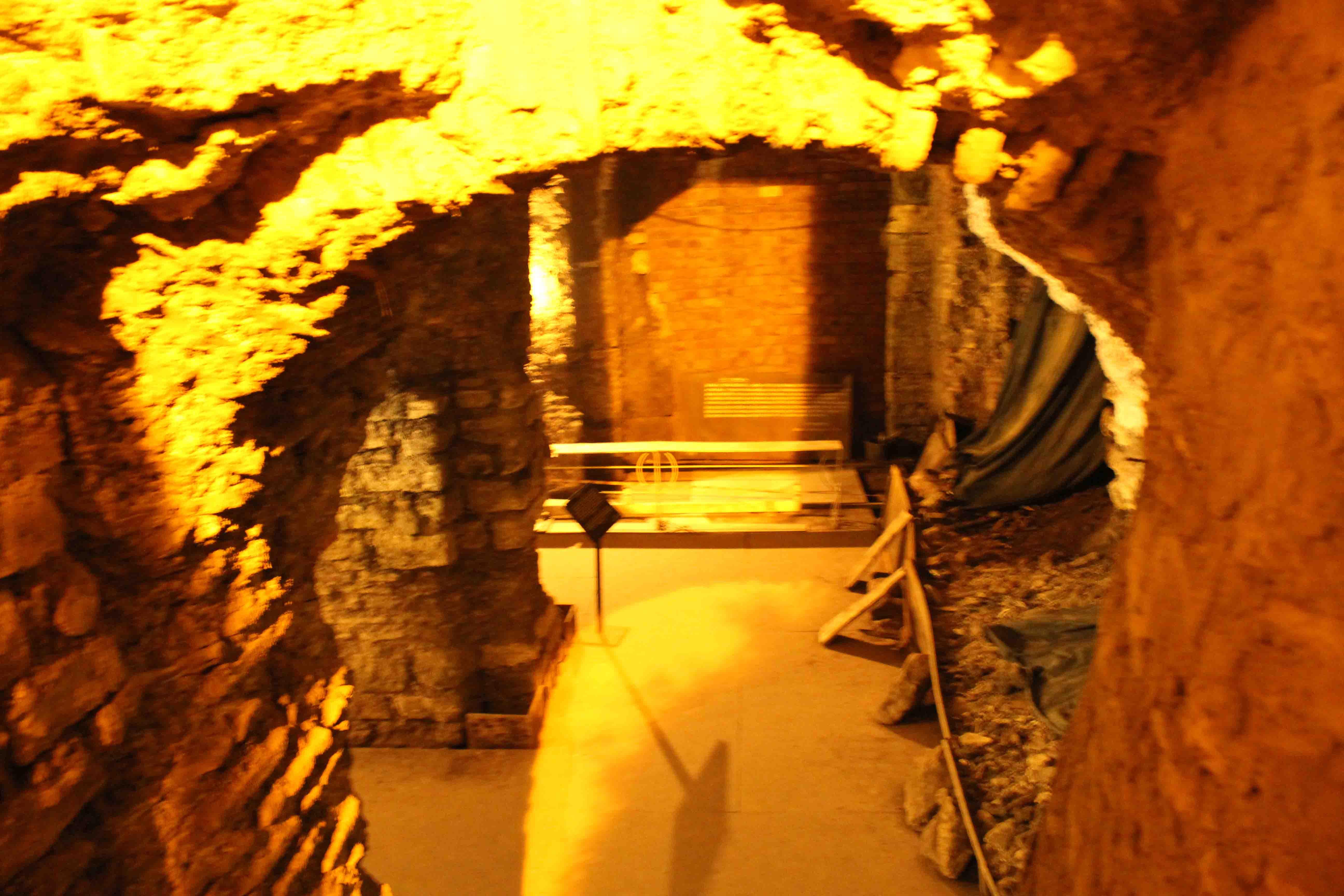 http://www.alburakathisma.com/images/galeri/orjinal/albura-Cistern-86.jpg