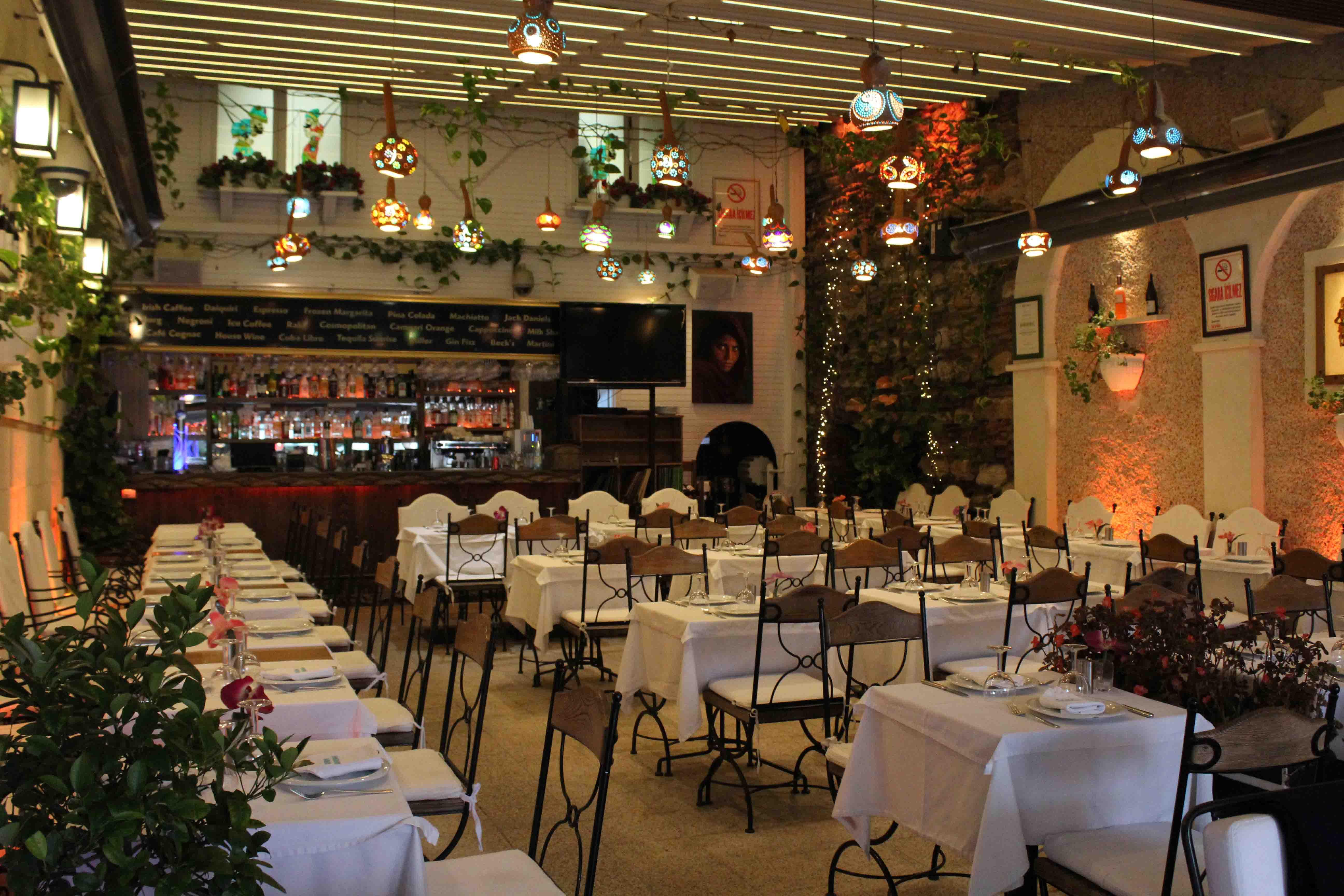 http://www.alburakathisma.com/images/galeri/orjinal/albura-Garden-102.jpg